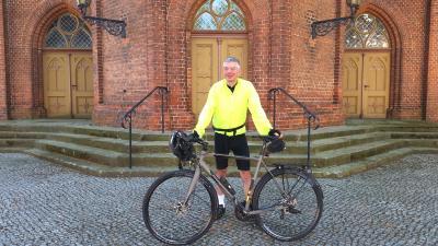 Foto zur Meldung: Meister der Pedale - Orgelkonzert und Lesung mit Fahrradkantor Martin Schulze