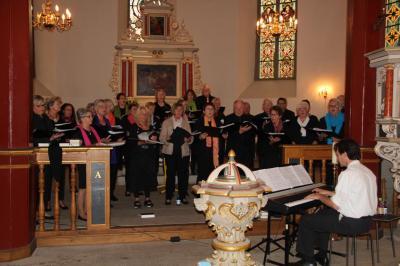 Vorschaubild zur Meldung: Sommerkonzert in der Elisabethkirche Sachsenhagen