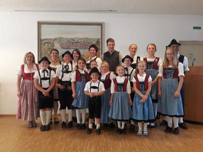 Foto zur Meldung: Auftritt im Pfarrheim Vilshofen