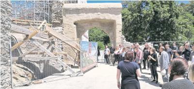 Foto zur Meldung: Ortsgemeinde: 40 Architekten zeigen Interesse an der Burg
