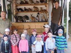 Vorschaubild zur Meldung: Hase, Dachs und Fuchs zum Anfassen