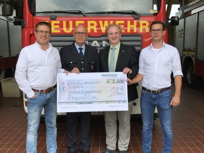 Foto zu Meldung: Provinzial-Geschäftsstelle Stüber & Schmidt fördert die Freiwillige Feuerwehr in Rheinböllen