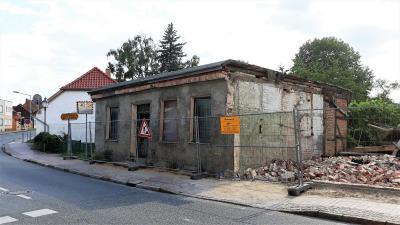 Foto zur Meldung: Abriss eines Wohngebäudes