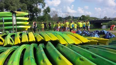 Vorschaubild zur Meldung: Kanu-Tour für die Jugendfeuerwehrmitglieder aus Polen und Deutschland