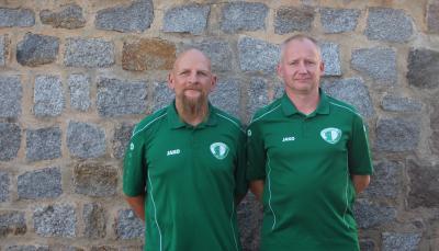 Trotz aller Rückschläge hinsichtlich der sportliche  Rahmenbedingungen bereiten Geschäftsführer Henry Grieger ( rechts ) und  Jens Taubenheim den Spielbetrieb der Demminer Mannschaften vor