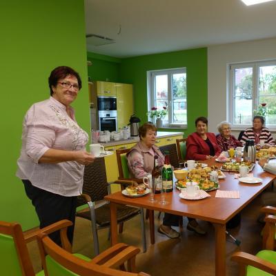 Foto zur Meldung: Projekt des Monats März - Tagespflege vor der eigenen Haustür