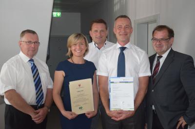 Foto zu Meldung: DUDEK GmbH ist Vorreiter für Sicherheit und Umweltschutz