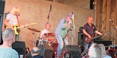 Foto zur Meldung: Open-Air-Festival begeistert mit sieben Bands