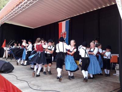 Foto zur Meldung: Landkreisfest in Ortenburg