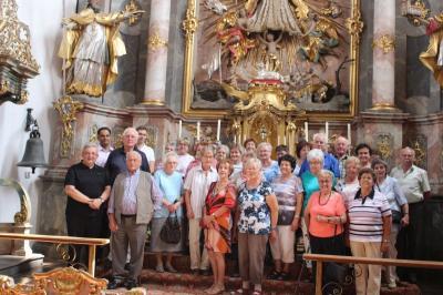 Foto zur Meldung: Die Senioren reisten in die Straubinger Gegend