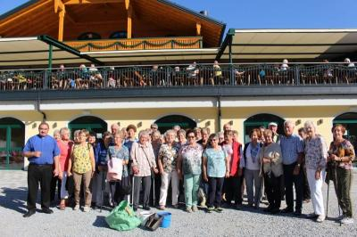 Foto zur Meldung: Die Senioren am Großen Arbersee und Einkehr im renommierten Arberschutzhaus