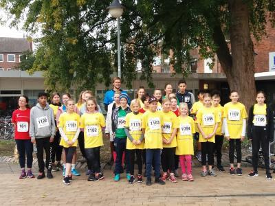 Gruppenbild der AFG-Läuferinnen und -läufer