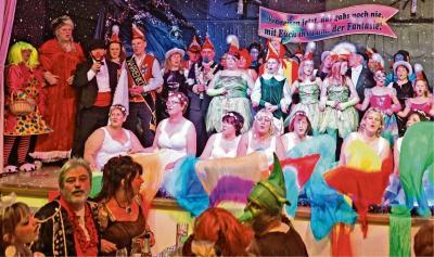 Foto zur Meldung: Groß Laasch - Tänzer wünschen sich eine Spiegelwand
