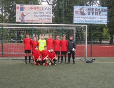 """Foto zur Meldung: 2. Platz bei """"Jugend trainiert für Olympia Fußball"""""""