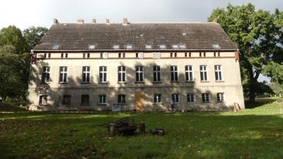 Vorschaubild zur Meldung: Das Hundert-Fenster-Haus