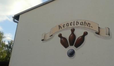 Wandmalerei am Gebäude der Kegelbahn Barchfeld (Foto: privat)