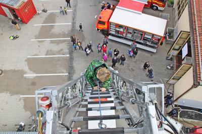 Vorschaubild zur Meldung: Tag der offenen Tür bei der Rosenheimer Feuerwehr