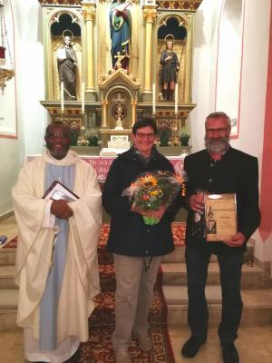 Foto zur Meldung: Dank für 25 Jahre Mesner-Dienst in der Kapelle Windshofen