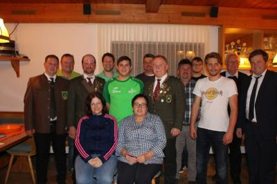 Foto zur Meldung: Jahreshauptversammlung bei den Edelweißschützen – 3 Neuzugänge