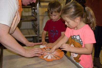 Foto zur Meldung: Besuch in der Bäckerei