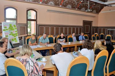 Die Konzept-AG traf sich im Rathaussitzungssaal.