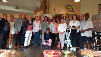 Die Tennisgruppe aus Voisins und dem STC
