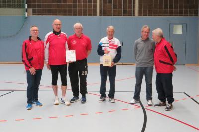 Foto zur Meldung: Bericht über das 33. Hobby-Hallen-Faustballturnier