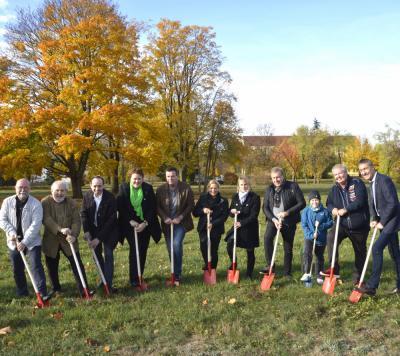 Der 1. Spatenstich - Startschuss für ein 14 Mio. Euro Projekt in Schipkau