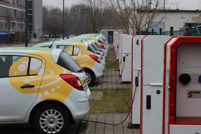 Foto zur Meldung: Förderung öffentlich zugänglicher Ladeinfrastruktursysteme für E-Mobilität im Land Brandenburg
