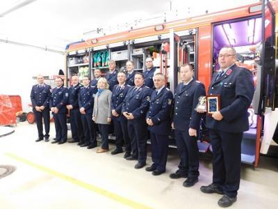 Vorschaubild zur Meldung: Neues Löschfahrzeug der Feuerwehr
