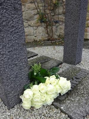 Für die Holocaustopfer wurde eine Rose niedergelegt