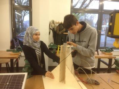 Vorschaubild zur Meldung: LüttIng: Auch in diesem Schuljahr beteiligt sich eine Lerngruppe an diesem Tüftel-Projekt der Nordmetallstiftung