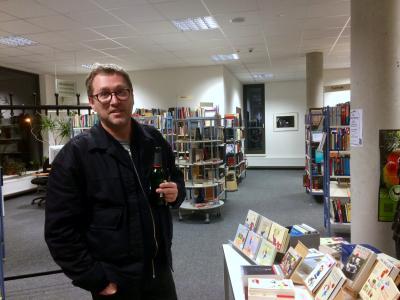 Foto zur Meldung: Jan Weiler hat das Pubertier und Christianeschmitt in Neuenhagen im Gepäck