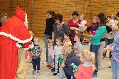 Vorschaubild zur Meldung: Der Nikolaus kam zu den Kleinsten