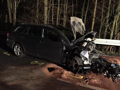 Schwerer Verkehrsunfall auf der B275 Richtung Lißberg