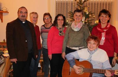 Vorschaubild zur Meldung: Gedenkgottesdienst und adventliche Feier beim Frauenbund