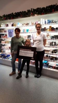 Foto zur Meldung: Spende für das Jugendzentrum