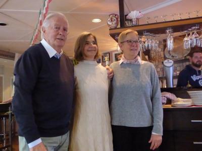 Aenne mit den Jubilaren Walter Krüger und Renate Westermann