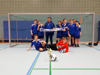 Foto zur Meldung: C-Junioren belegen zweiten Platz im Turnier des VfB Südharz!