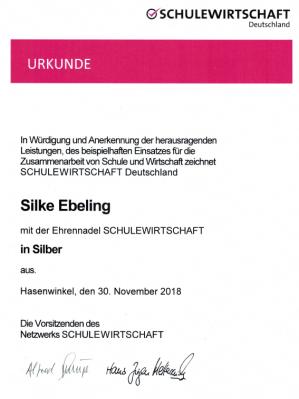 Vorschaubild zur Meldung: Ehrennadel SCHULEWIRTSCHAFT