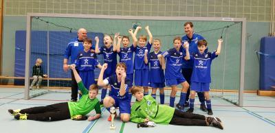Foto zur Meldung: D-Junioren auch zweiter Platz beim Turnier des VfB Südharz!