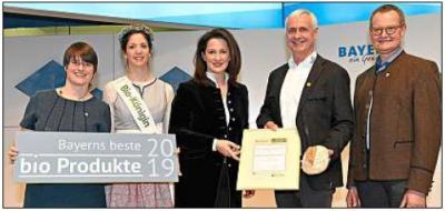 Foto zur Meldung: Auszeichnung für Biobäckerei Wagner