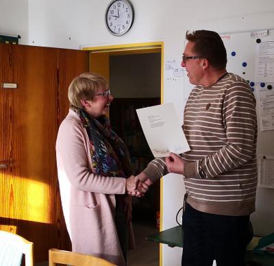 Vorschaubild zur Meldung: Gratulation zu 40 Dienstjahren, Frau Schwermer-Funke!