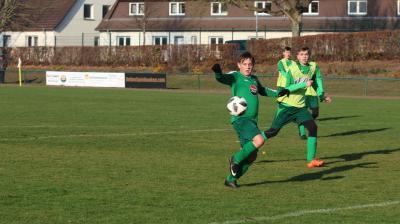 Mit acht Treffern wurde Nico John ( grünes Trikot ) beim Hallen Burg-Cup bester Torschütze