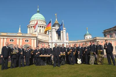 Das Landespolizeiorchester lädt zum Neujahrskonzert in das Kulturhaus der BASF Schwarzheide