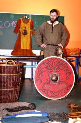 Vorschaubild zur Meldung: Fasching in der Berg- Grundschule