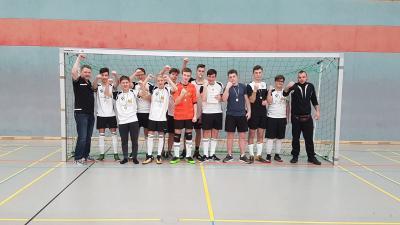 Foto zur Meldung: B-Jugend setzt sich im Turnier des VfB Zittau durch
