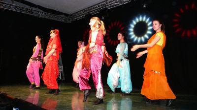 Foto zur Meldung: Die Welt tanzt beim TVK