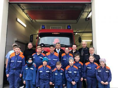 Vorschaubild zur Meldung: Neues Löschfahrzeug für Freiwillige Feuerwehr Gielow
