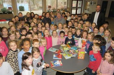 Foto zur Meldung: Leseförderung an der Georg-Hager-Schule